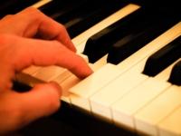 В областной филармонии выступит «Фортепианный дуэт»