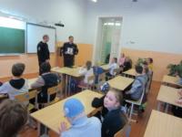 Сотрудники Госавтоинспекции навестили детей-инвалидов